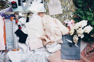 קורס עיצוב אופנה ועד לפרקטיקה: המדריך המלא לסטייליסטים של המחר
